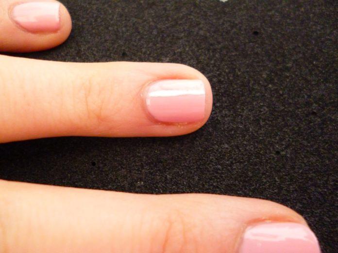 come-fare-la-manicure-per-unghie-corte