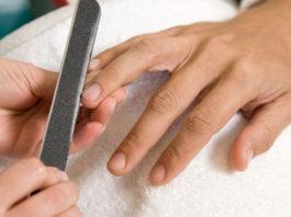 come-fare-la-manicure-ad-un-uomo