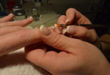 french-manicure-come-si-fa