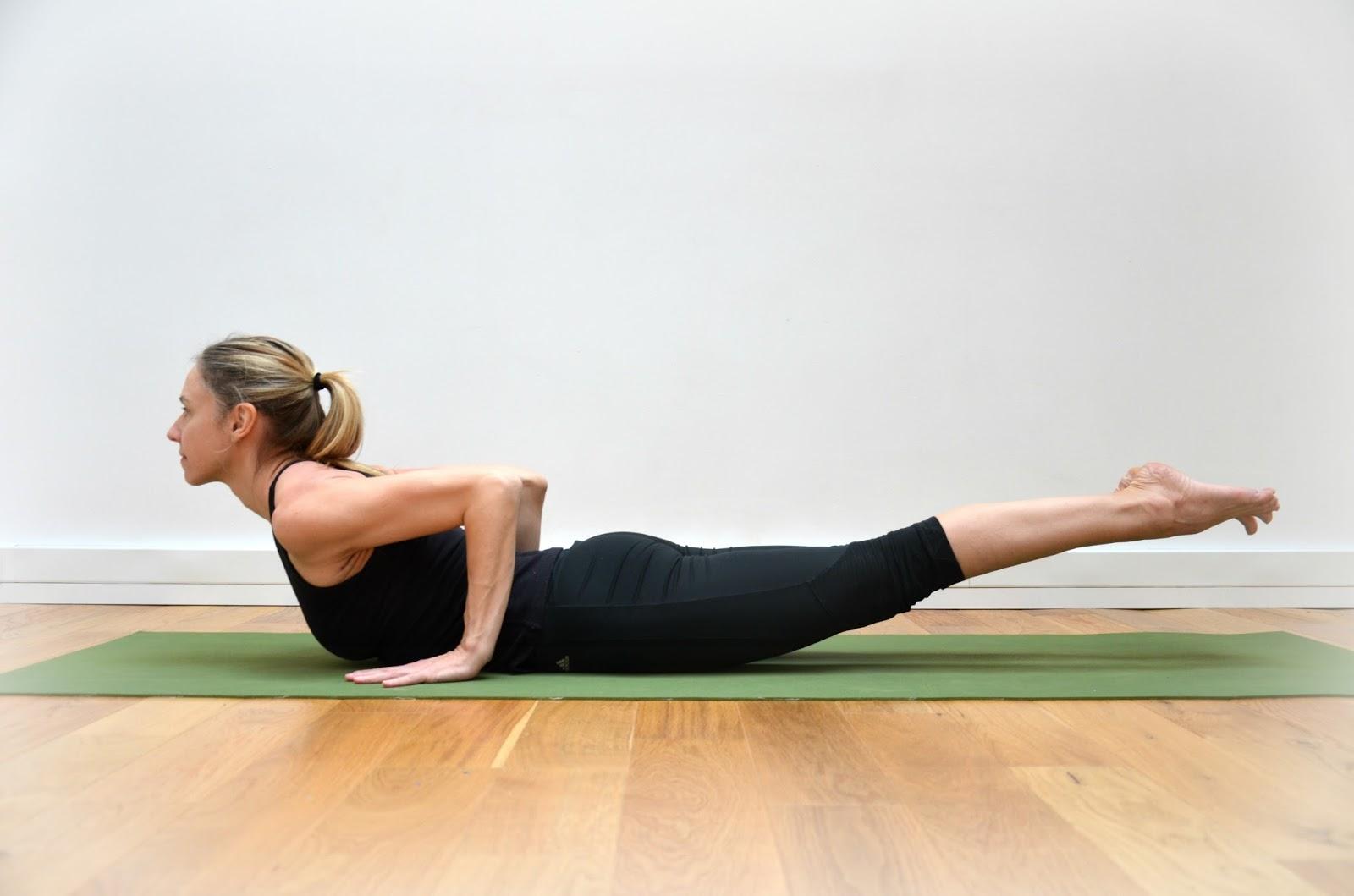shalabhasana-yoga