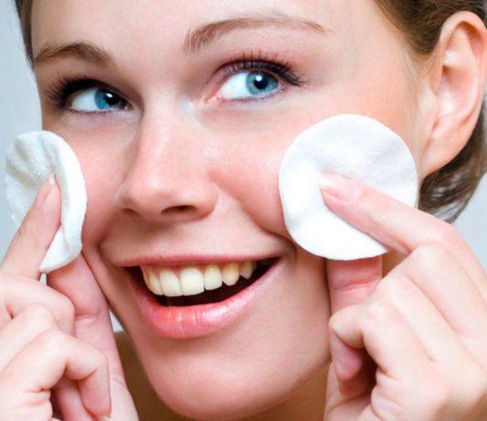 trattamento-viso-aceto-di-mele