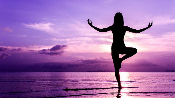 yoga-benefici-controindicazioni