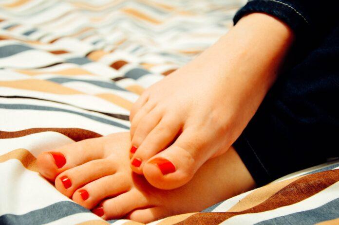 vesciche-ai-piedi-come-curarle