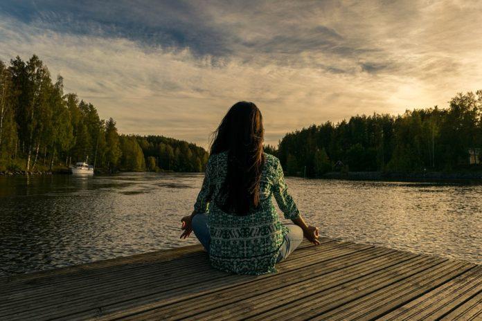 Meditare con costanza