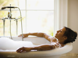 fare bagno caldo
