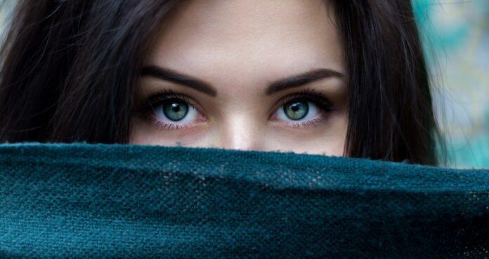 cura-contorno-occhi