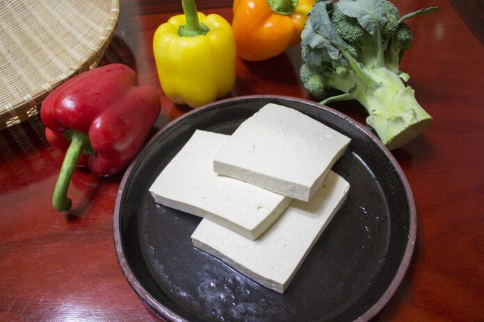 tofu-proprieta-benefici-valori-nutrizionali