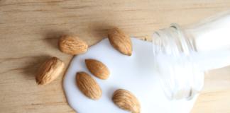 latte di mandorla proprietà e benefici